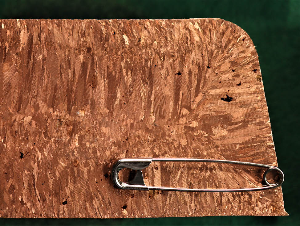 Metallic grain structures