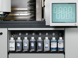 Hexamatic bottle compartment